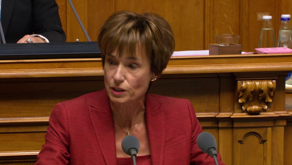Ruth Humbel (CVP/AG) begründet die von der CVP geforderten Verschärfungen