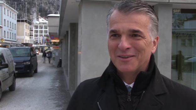 Video ««Mint»: Sergio Ermotti über das Schüler-Treffen und das Schweizer Ausbildungssystem» abspielen