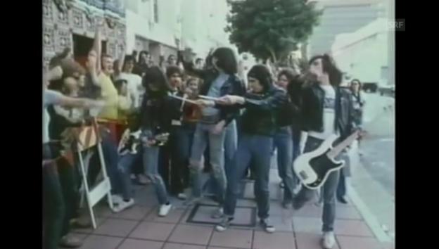 Video «Ramones; Videoausschnitt von 1979» abspielen
