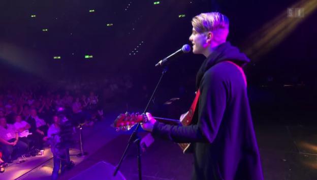 Video «Premiere: Vincent Gross im Hallenstadion» abspielen