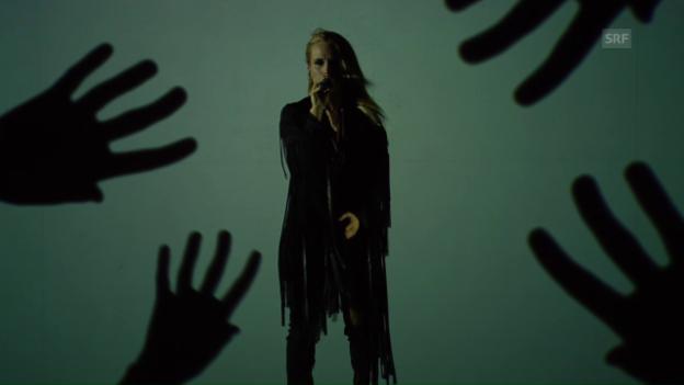 Video «Island: Greta Salóme «Hear Them Calling»» abspielen