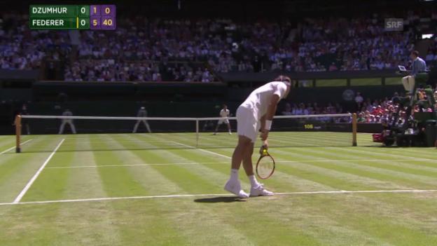 Video «Tennis: Wimbledon, Federer - Dzumhur, 1. Satzball Federer» abspielen
