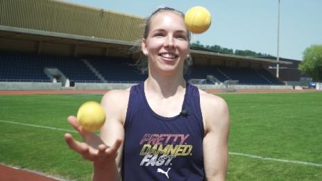 Video «So punktest du im Ballweitwurf» abspielen