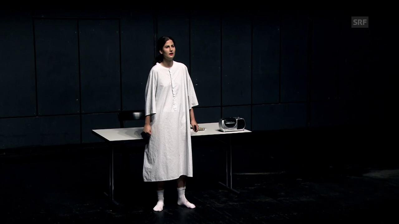 2. Jahr: Annabelle als Medea Redux in «Bash».