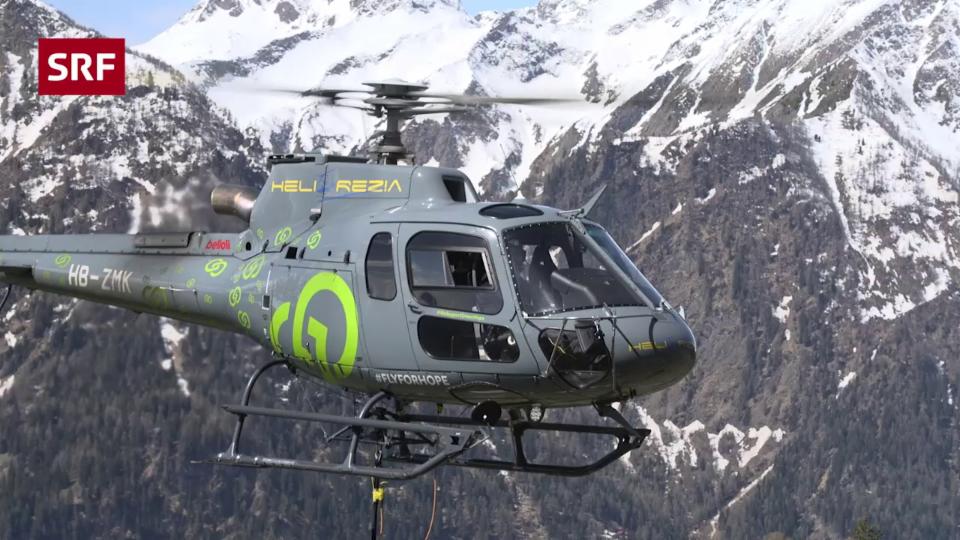Was machen Helikopter beim Waldbrand?