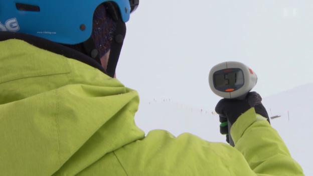 Video «Rasen auf der Piste: Skifahrer unterschätzen Gefahr» abspielen