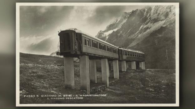 Video «Zwei Eisenbahnwagen provozieren die Armee am Gotthard» abspielen