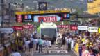 Video «Teambus steckt auf Ziellinie fest («sportlive»)» abspielen
