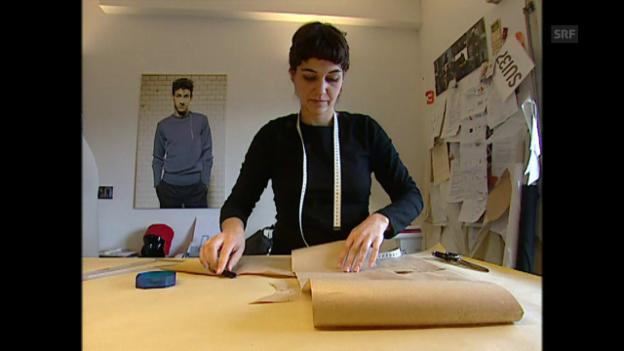 Video «Berufsbild: Modedesignerin» abspielen