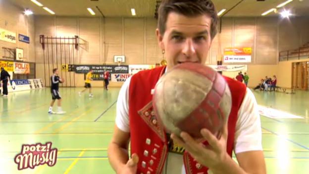 Video «Sennsationell: Beim Handballverein Fortitudo Gossau» abspielen