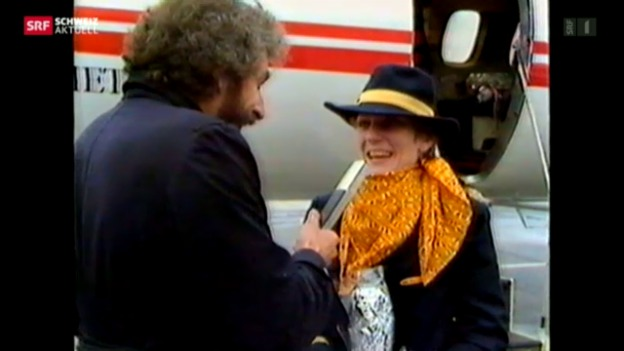 Video «Heute fliegen wohl die Stewardessen – Reaktionen auf Pilotin Eichenberger» abspielen