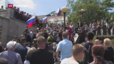 Video «Demos gegen Korruption: Nawalny verhaftet» abspielen