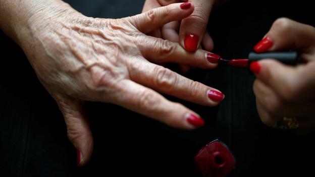Fingernagelkosmetik – Schönheit mit Tücken