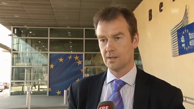Video «EU-Sprecher kritisiert Entscheidung zu Ventilklausel» abspielen