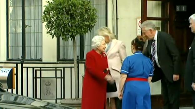 Video «Die Queen darf wieder nach Hause» abspielen