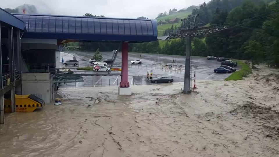 26. Juli: Hochwasser an der Steiner Aa in Sattel/SZ, Walter Sidler