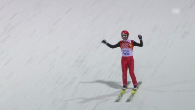 Video «Sotschi: Skispringen Qualifikation Normalschanze, Sprung von Simon Ammann» abspielen