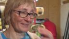 Video «Unterwegs mit der Mutter von Ilka Stuhec» abspielen