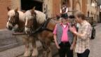 Video «Peach Weber bei Co-Moderator Reto Scherrer» abspielen