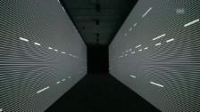 Video «Ryoji Ikeda: «data.path»» abspielen