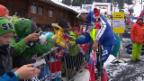 Video «Kompakte Schweizer Team-Leistung in Adelboden» abspielen