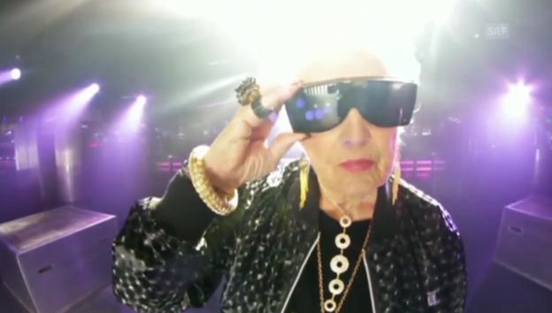 Video «Wenn Oma die Party rockt: DJ Mamy Rock» abspielen