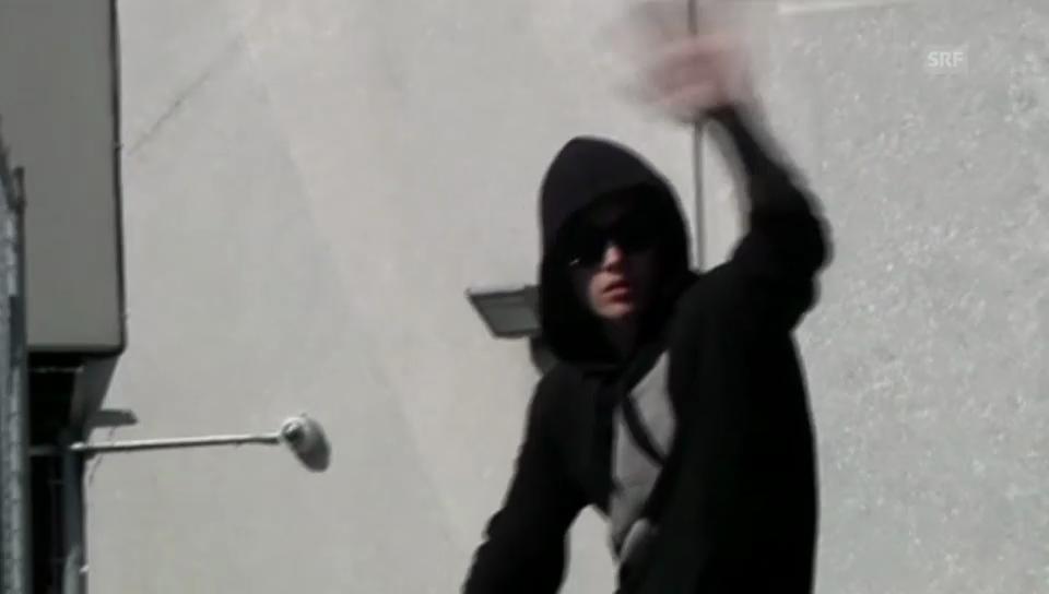 Justin Bieber bei seiner Entlassung (unkommentiert)