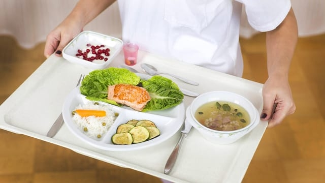 Mangelernährt ins Spital – Aufpäppeln verringert Komplikationen