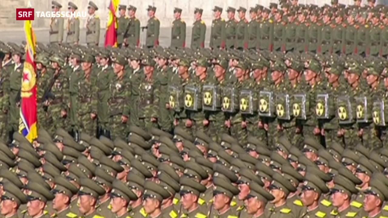 Militärisches Defilee in Nordkorea