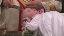 Video «Taufe der Monaco-Zwillinge» abspielen