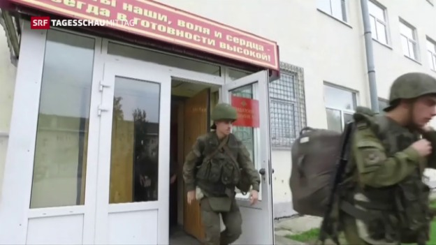 Video «Russland beginnt grosses Militärmanöver» abspielen