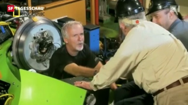 Video «James Cameron taucht in Marianengraben» abspielen
