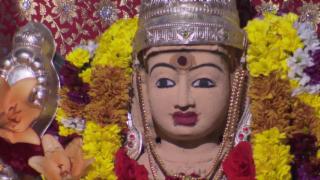 Video «Zum hinduistischen Fest der Göttin Sri Manonmani Ampal» abspielen