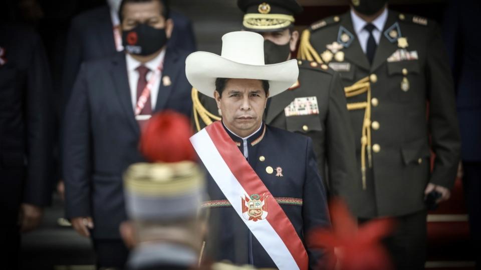 In Peru wurde der neue Präsident Pedro Castillo vereidigt.