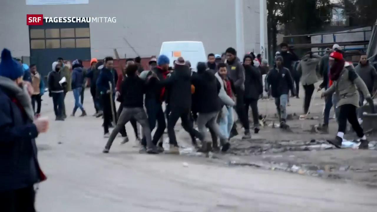 Massenschlägerei in Calais