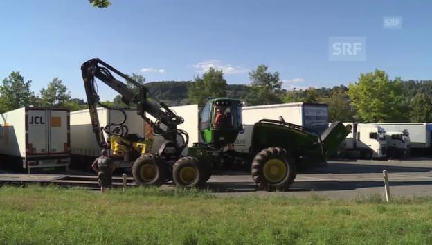 Video «Tonnenschwere Maschinen verschifft über Belgien nach Kanada» abspielen