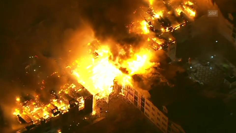 Brand bei New York vernichtet ganze Häuserzeilen