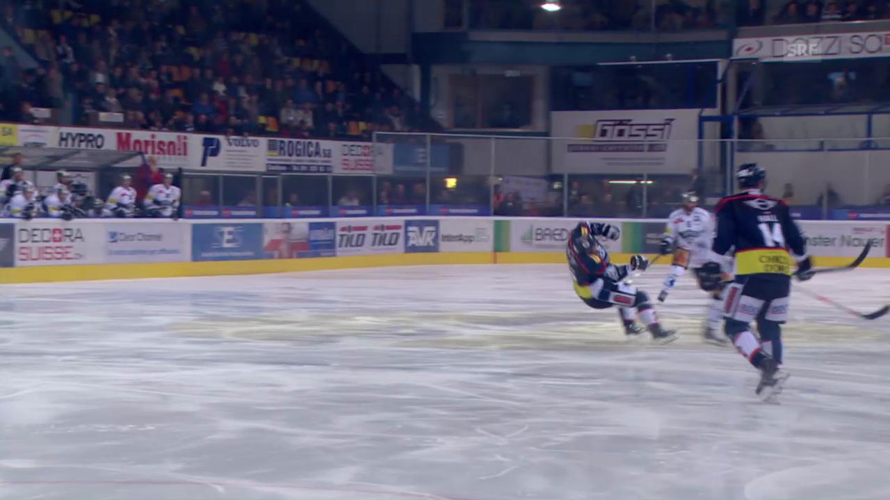 Eishockey: NLA, Zug-Ambri, Foul Christen an Kobach
