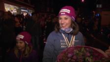 Video «Wendy Holdener: Grosser Empfang in Unteriberg» abspielen