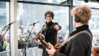 Video «Pegasus live in der Glasbox: «Get Over You»» abspielen