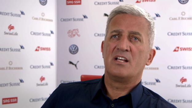 Video «Petkovic: «Die Spieler haben meine volle Unterstützung»» abspielen