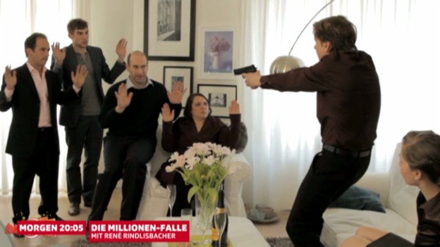 Video «Familien-Sketch: Agent» abspielen