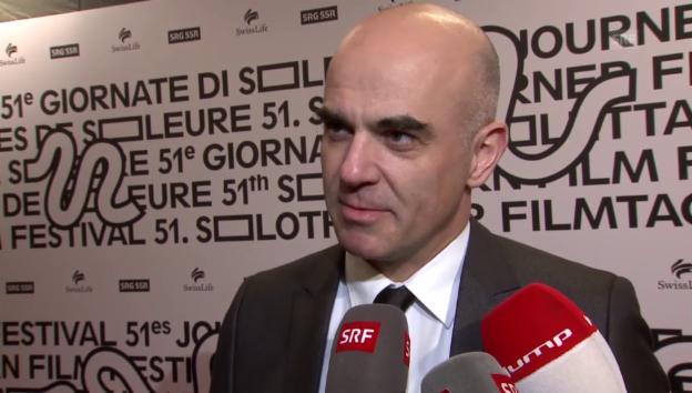 Video «Der Film «Die Schwalbe» eröffnet Solothurner Filmtage» abspielen