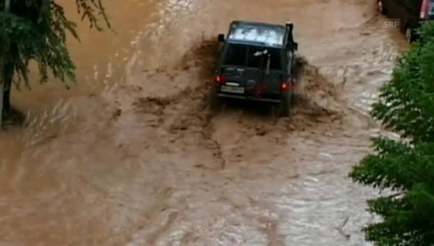 Video «Heftige Unwetter im Süden Italiens» abspielen