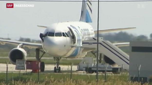 Video «Bizarre Flugzeugentführung» abspielen