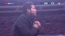 Video «Simeone in der Schlussphase des hektischen Spiels» abspielen