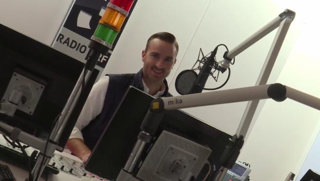 Video «Julian Thorner über sein Leben als Radiomoderator» abspielen