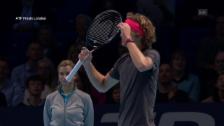 Link öffnet eine Lightbox. Video Djokovic wehrt Zverevs 2. Breakchance ab abspielen