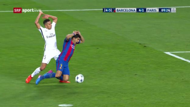 Video «Suarez fällt im Strafraum und kriegt den Penalty» abspielen
