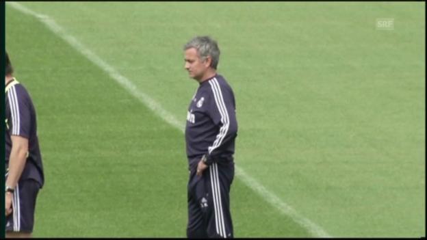 Video «Fussball: Trainingsbilder mit José Mourinho» abspielen
